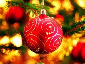 Merry_Christmas_-_Christmas_tree_decoration_ball_ornaments_Wallpaper_21_1600x1200