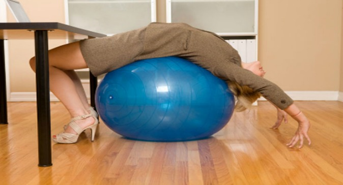 exercise-ball-women