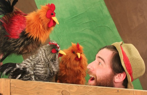 Seth Langer and barnyard friends. Photo: Center for Puppetry Arts