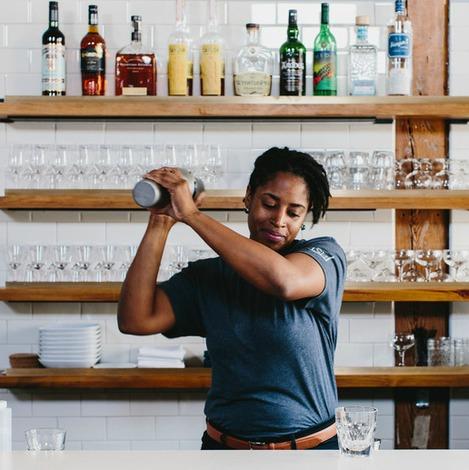 Bartender Shyretha Bolton.