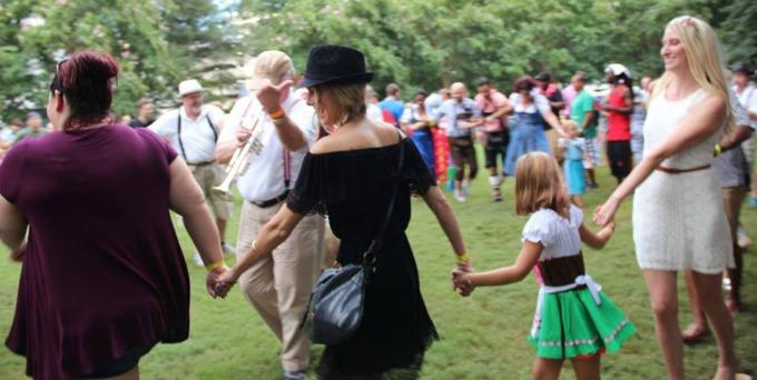 bierfest dancing