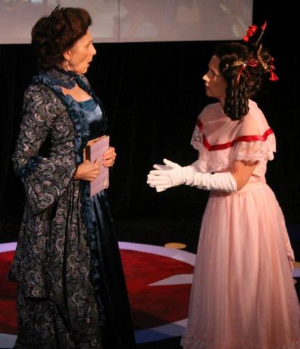 Holly Stevenson (left), Ashley Anderson. Photo: Elisabeth Cooper